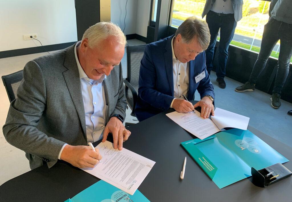 20211011_contract_ondertekening-deGroot-foto2